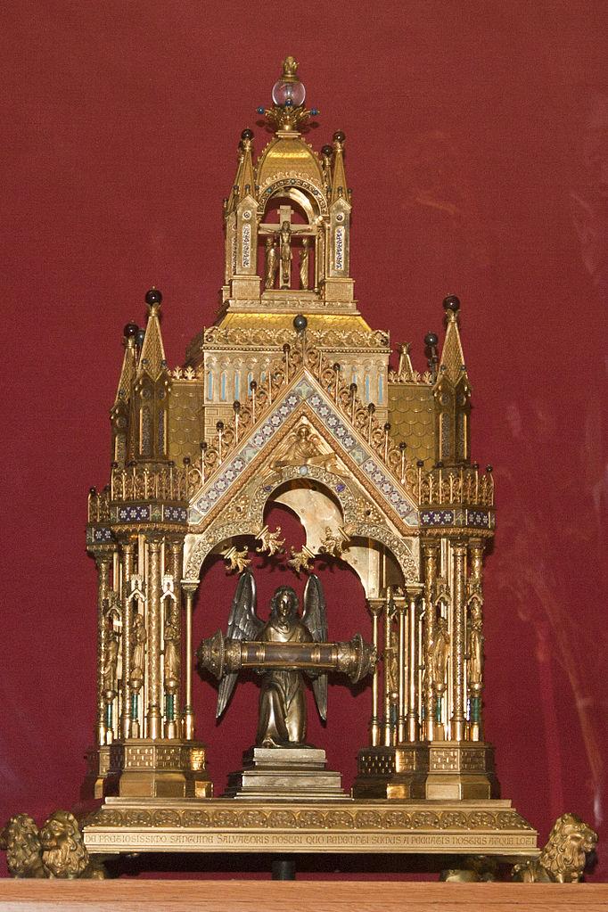 file basilique saint jacques le majeur de neuvy saint s pulchre chasse du pr cieux sang 20120430. Black Bedroom Furniture Sets. Home Design Ideas