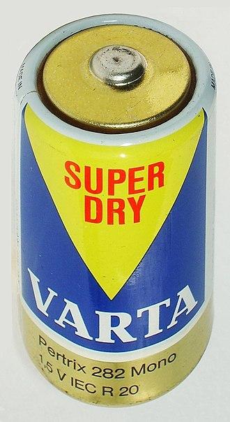 VARTA - Image: Battery D Cell Varta Pertrix 1970s detail