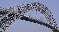 Puente Bayonne