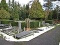 Begraafplaats Ermelo (30770872850).jpg