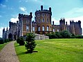 Belvoir Castle - panoramio (7).jpg