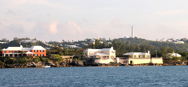 File:Bermuda Harbour - crossing Hamilton Harbour towards Southampton with Gibbs Hill lighthouse in the distance - panoramio.jpg