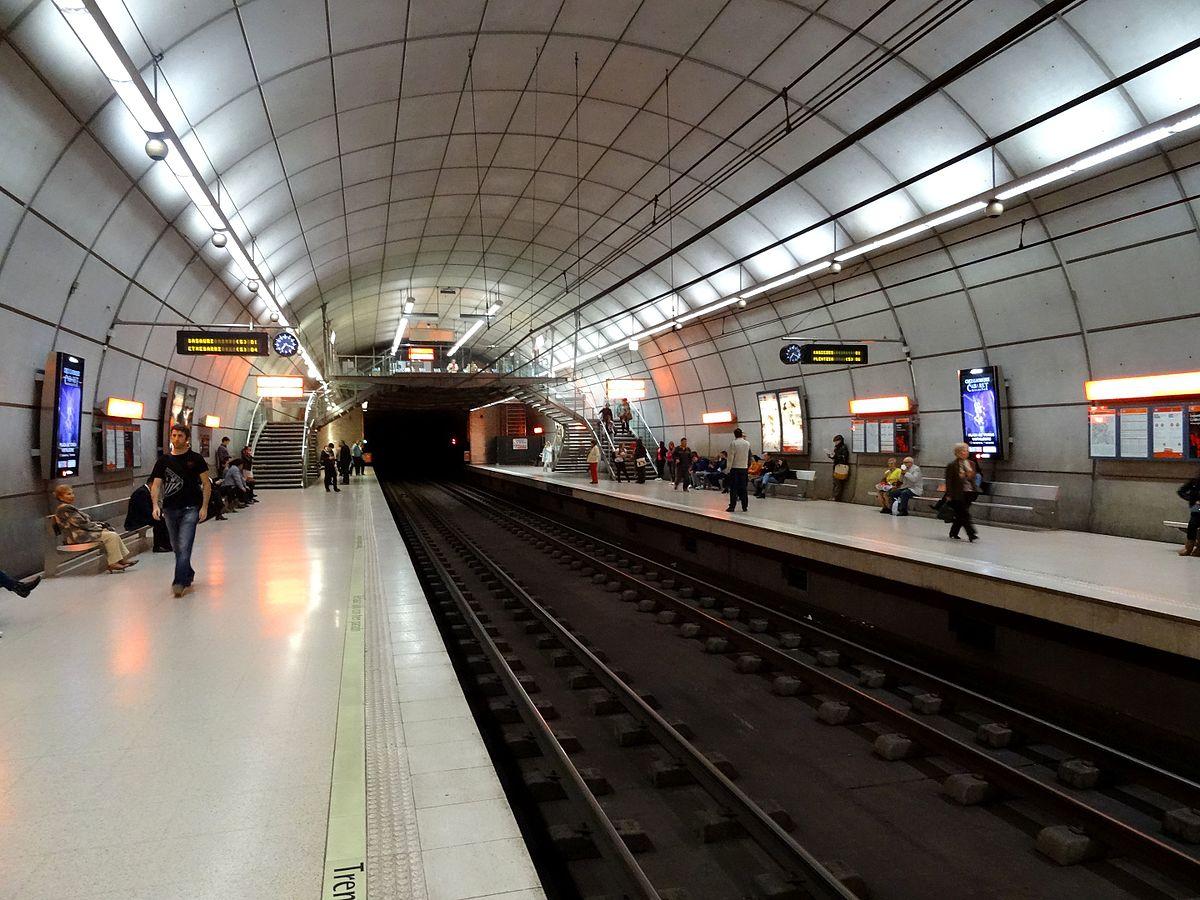 En el anden del metro - 1 part 6