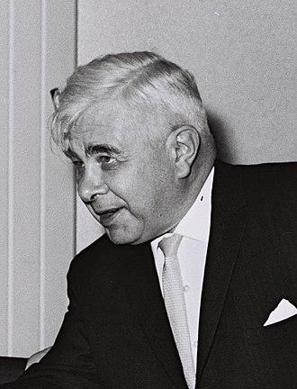 Bjarni Benediktsson (born 1908) - Image: Bjarni Benediktsson 1964 cropped