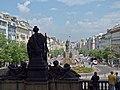 Blick vom Nationalmuseum über den Wenzelsplatz Richtung Můstek, Praha, Prague, Prag - panoramio (1).jpg