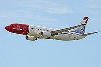 Boeing 737-8JP(w) 'LN-DYD' Norwegian Air Shuttle (42567575274).jpg