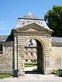Boran-sur-Oise (60), Château, rue du Château, portail (2).jpg