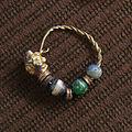 Boucles d'oreilles musée de Laon 70908 4.jpg