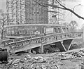Bouw voetbrug aan de voet van de Euromast te Rotterdam, Bestanddeelnr 910-9999.jpg