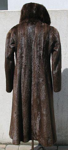 Brasilian otter fur coat 2.JPG