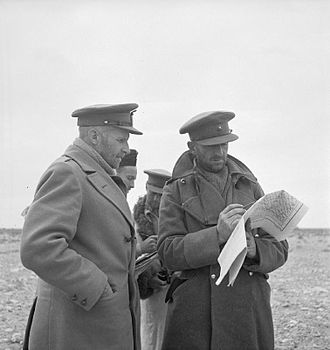 Frank Messervy - Messervy, unshaved, giving orders south-west of Gazala.