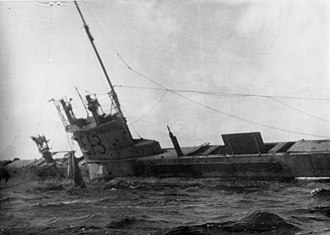HMS E13 - The British submarine E13 aground at Saltholm in the Øresund in 1915 after being attacked by German torpedo boats.