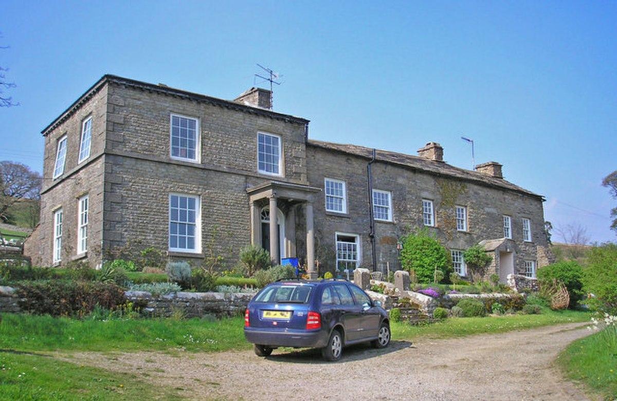 Broadfield House - geograph.org.uk - 792803.jpg