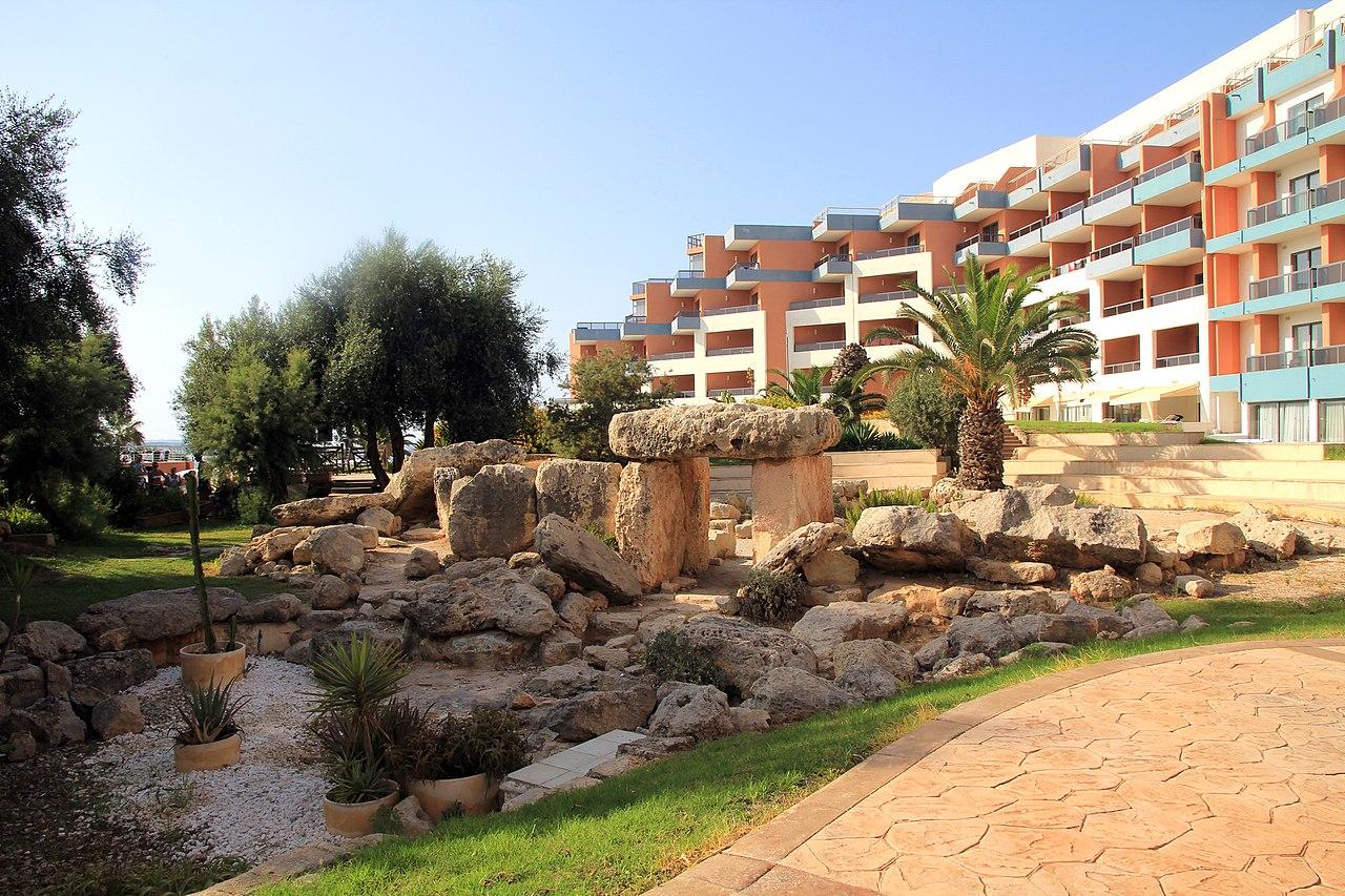 Dolmen Hotel Resort Malta