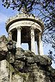 Buttes Chaumont - Temple de la Sibylle.jpg