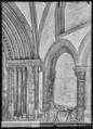CH-NB - Romainmôtier, Abbatiale, Porche, vue partielle intérieure - Collection Max van Berchem - EAD-7490.tif