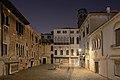 Campo Santa Maria Mater Domini Santa Croce Venezia notte.jpg