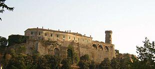 Caccuri, scorcio panoramico del castello.