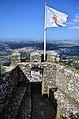 Castelo dos Mouros. Vista do Palácio Nacional de Sintra.jpg
