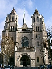 The Cathedral of Saint-Bénigne, Dijon (Source: Wikimedia)