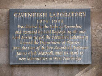 Cavendish Laboratory - Image: Cavendish plaque retouch b
