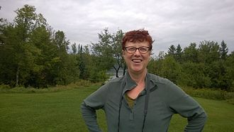 Maggie Smith (ceramist) - Image: Ceramist and sculptor Maggie Smith