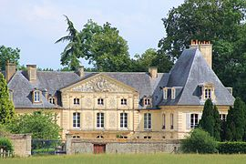 The chateau in Cesny-aux-Vignes