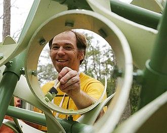 Chaim Goodman-Strauss - Chaim Goodman-Strauss assembling sculpture at Gathering 4 Gardner, Atlanta, GA, 2008.