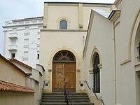 Chapelle porte.jpg