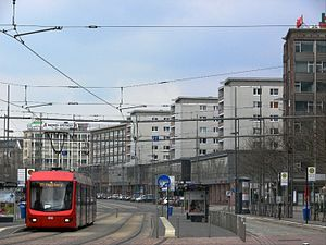 City-Bahn Chemnitz - Image: Chemnitz Straße der Nationen 2010