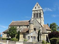 Choisy-au-Bac (60), église de la Sainte-Trinité, vue depuis le sud 2.JPG