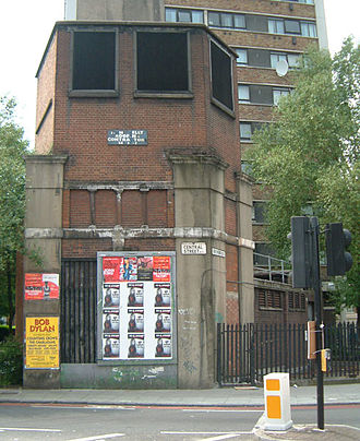 City Road tube station - The station remains in 2004