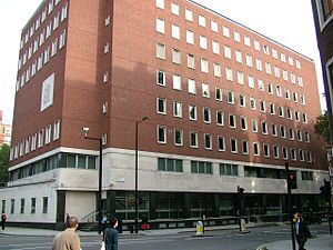 City of Westminster Magistrates' Court - City of Westminster Magistrates' Court, facing south across Horseferry Road