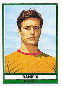 Ranieri con la maglia della Roma nel 1973, all'esordio come calciatore professionista.