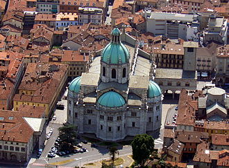 Roman Catholic Diocese of Como - Aerial view of the cathedral in Como