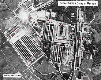 Ripresa aerea del campo di Dachau (la parte bassa dell immagine corrisponde  al nord geografico). Nel campo furono realizzati esperimenti sui detenuti  per ... 651d90ef4fad