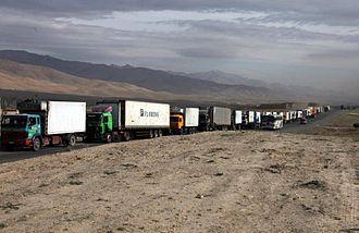 Kabul–Kandahar Highway - Kabul-Kandahar Highway at Maidan Wardak Province in 2010