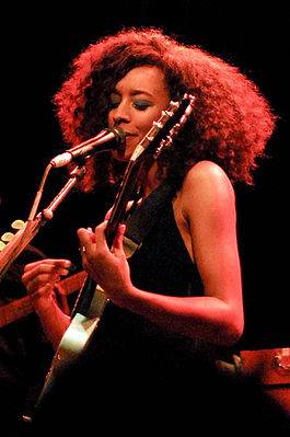 Corinne Bailey Rae at Divan du Monde, Jan 2009.jpg