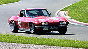 Corvette-sting-ray-1963-2.jpg