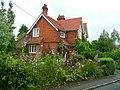Cottage garden in Brightwell - geograph.org.uk - 921295.jpg