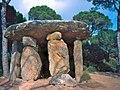 Dòlmen de Pedra Gentil - Vallgorguina.jpg