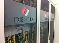 DE-CIX GERMANY - Switch Rack (6218137120).jpg