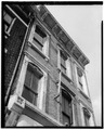 DETAIL OF EAST FRONT - 823 Vine Street (Commercial Building), Cincinnati, Hamilton County, OH HABS OHIO,31-CINT,76-4.tif