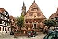Dambach-la-Ville, place devant l'hôtel de ville.jpg