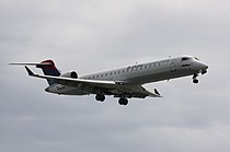 Delta-Connection-SkyWest-CRJ-701-YVR.jpg