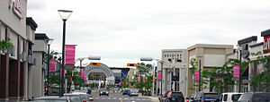 Brossard - Shops at Quartier Dix30.