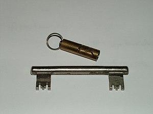 Berliner Schlüssel, Doppelschlüssel, nur in Be...