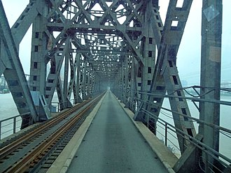 Sino-Korean Friendship Bridge - View inside the bridge in 2012, with railway and roadway but no sidewalk