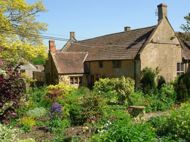 East Lambrook Manor Gardens - geograph.org.uk - 419777