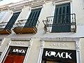 Edificio en calle General Chacel, 7 Melilla. Capuza.jpg